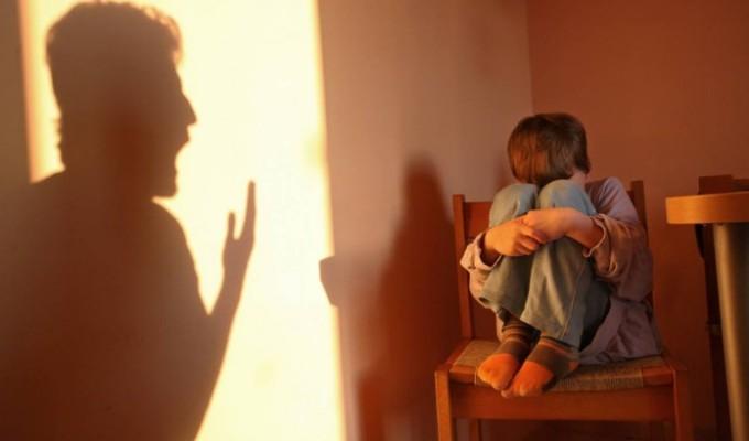 Maus-Tratos Psicológicos: As Pancadas Invisíveis DoemMais